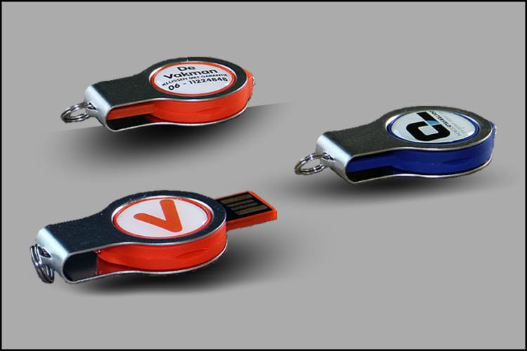 600x900px Montage USB-Sticks